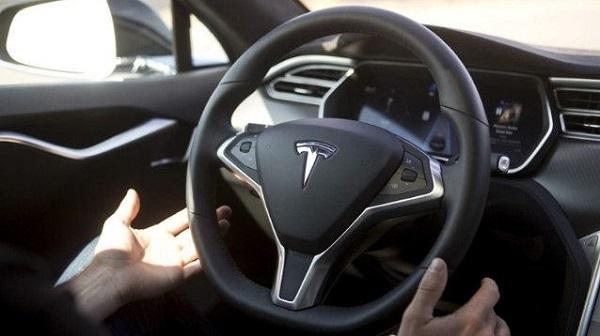 大摩:特斯拉Model 3自駕系統車禍降低90%