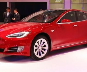 特斯拉新Model S 2.9秒破百還能防霧霾